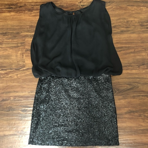 MM Couture Dresses & Skirts - MM Couture Black Sleeveless Sequin Dress, Large